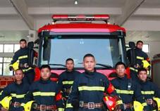 熱心市民購千元物資慰問消防員  希望出警平安