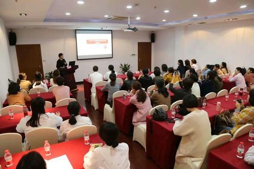 咸寧市兒童呼吸性疾病診療繼教班在市婦幼保健院開班