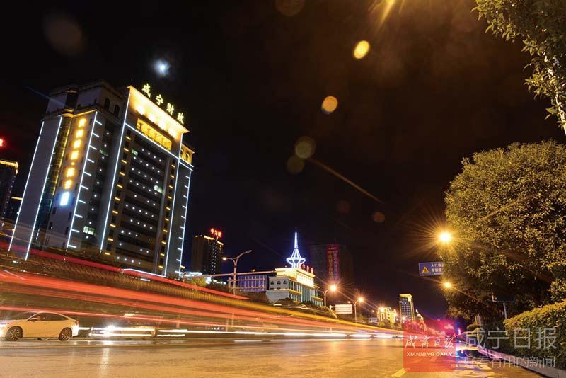 組圖:霓虹璀璨  香城之夜