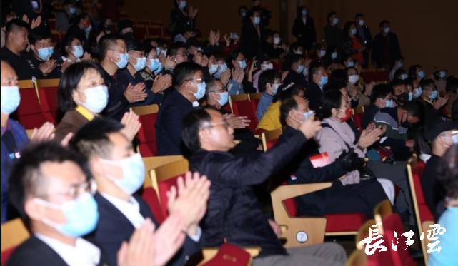 《洪湖赤卫队》唱响第四届中国歌剧节!经典旋律吸引年轻观众打卡