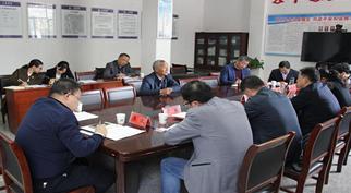 咸宁市领导在横沟桥镇开展党代表联系日活动