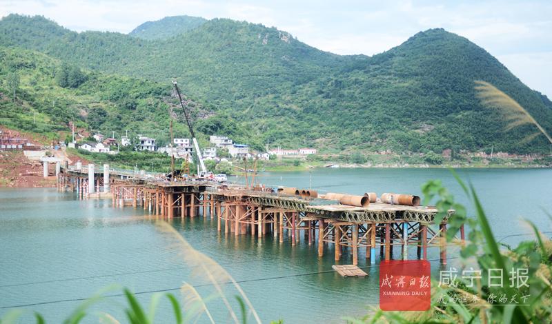 图文:慈口狮岩大桥加紧建设