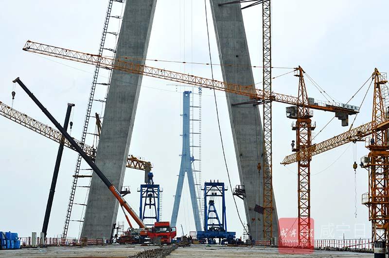 图文:嘉鱼长江公路大桥用上嘉鱼造缆索