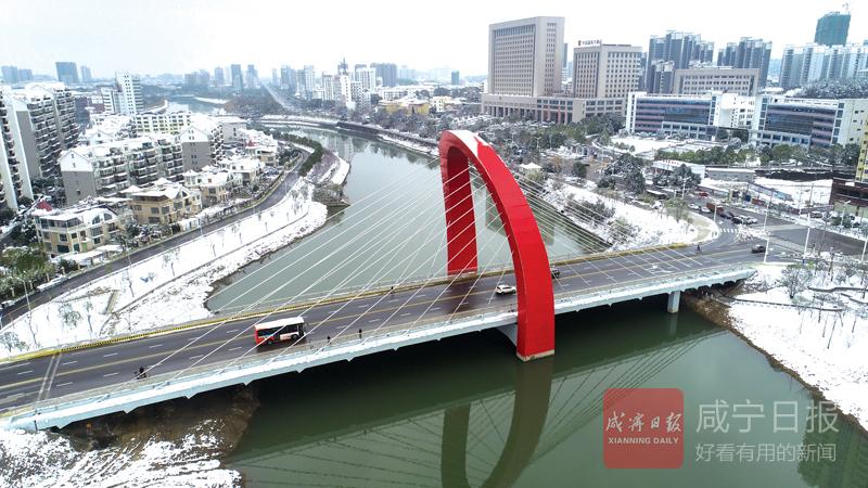 图文:淦河大桥换新颜