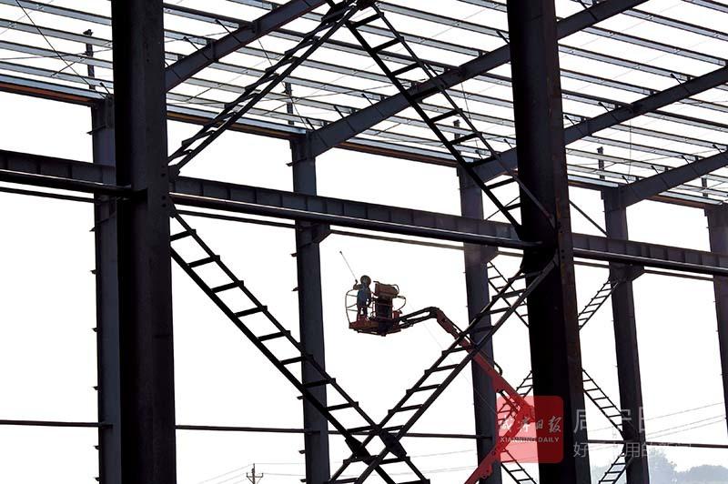 圖文:旭騰基礎工程公司加緊建設廠房