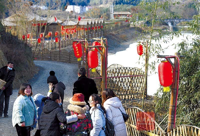 图文:通山南林桥镇湄溪村大力发展乡村旅游
