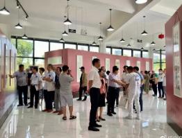 國家級書法篆刻展在咸寧市美術館開展