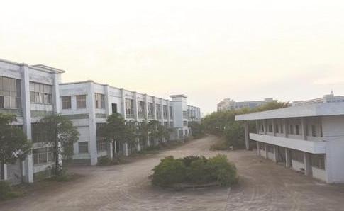 騰籠換鳥轉型升級  赤壁市盤活閑置廠房90余棟