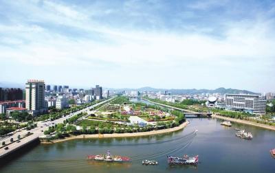 咸宁市委常委会会议传达学习习近平重要讲话精神