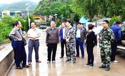 国家防总工作组深入崇阳县督查指导防汛工作